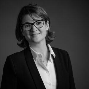 Stephanie Bouyer, Consultante et formatrice en gestion de la relation client, Management et communication
